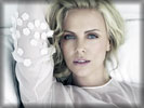 Charlize Theron, Face